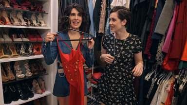 Sophia Abrahão - Fernanda Paes Leme ajuda Sophia Abrahão a libertar tudo que andava empacado em seu armário neste episódio do Desengaveta.