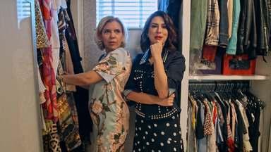 Astrid Fontenelle - O Desengaveta visita o closet da apresentadora Astrid Fontenelle. Fernanda Paes Leme tem a missão de fazer sua colega de canal renovar a energia do seu figurino.
