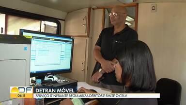 Detran oferece serviços em ônibus itinerante - O Detran Móvel regulariza débitos e emite o CRLV e vai ficar estacionado em frente à Administração do Guará até amanhã. Depois, segue para outras cidades.