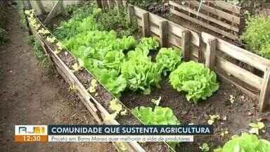 Projeto em Barra Mansa busca melhorias para vida de produtores rurais - Iniciativa propõe práticas para aumentar a venda de produtos orgânicos de forma direta ao consumidor, criando uma relação próxima entre quem produz e quem consome.