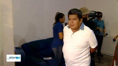 Empresário é preso em Manaus suspeito de aplicar golpe de R$ 1,5 milhão - Homem apresentava às vítimas vários documentos de licitações, alegando que precisaria de dinheiro para entregar serviços de obras.