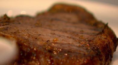 Churrasco uruguaio - Molho típico do Uruguai é dica para acompanhar churrasco.