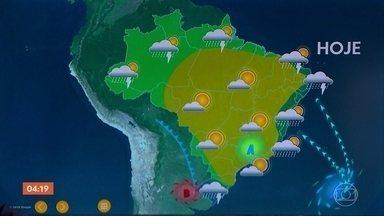 Previsão do tempo: chuva se intensifica no Nordeste - A alta pressão, que está jogando umidade para a costa leste do Nordeste, também leva vento para lá.