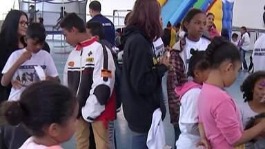 Mogi das Cruzes e Itaquaquecetuba têm atividades para crianças durante as férias - Em Mogi as atividades acontecem nos centros esportivos e parques. Já em Itaquaquecetuba é no Ginásio Municipal De Esportes.