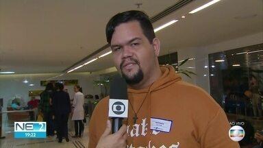 Cantor Almir Rouche sofre hemorragia cerebral e está internado no Recife - Músico passou por um procedimento cirúrgico e o estado de saúde é considerado grave