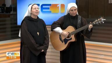 Irmã Kelly Patrícia é atração no segundo dia do Halleluya - Saiba mais em g1.com.br/ce