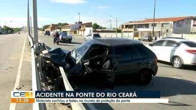 Motorista cochila e bate em mureta de proteção da ponte do Rio Ceará - Saiba mais em g1.com.br/ce