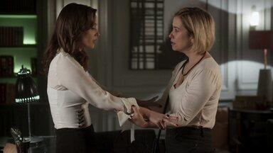 Lara mente para Lígia sobre encontro com Isaura - A advogada diz que Isaura não confirmou a história de Lígia