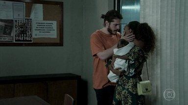 Quinzinho conhece seu filho - Vanessa sai da prisão