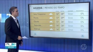 Frente fria se afasta e temperatura sobe no Sul do Rio - Previsão é de dia sem chuva na terça-feira na região.