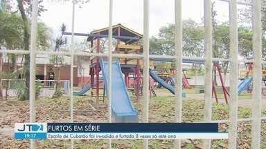 Bandidos invadem escola municipal e adiam volta às aulas em Cubatão, SP - Unidade foi vandalizada e alguns equipamentos foram furtados. É a oitava vez que o local é invadido.