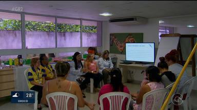Serviço ajuda pais de crianças com microcefalia - A iniciativa funciona em Recife