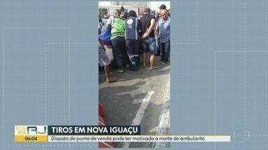 Disputa de ponto de venda em calçada pode ter motivado a morte de ambulante em Nova Iguaçu - O caso aconteceu na Via Light. Gisele de Lourdes da Costa estava vendendo doces e levou cinco tiros. Ela tinha quatro filhos.