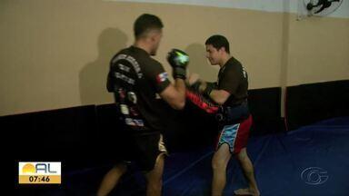 Alagoanos competem em Sergipe e garantem pódio - Lutadores de Muay Thai ficam entre os três melhores em Itabaiana