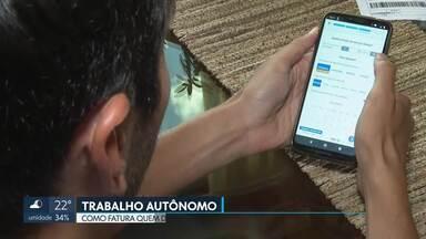 Trabalhadores buscam alternativa em mercado informal - Por meio de aplicativos de celular, pessoas buscam renda extra ou alternativa ao desemprego.