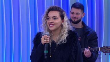 Steice Lauer, de Sapiranga, é aprovada no The Voice Brasil - Participante se apresenta no Jornal do Almoço.