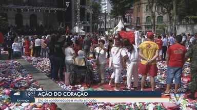 8ª Ação do Coração em Santos, SP, fala sobre relações humanas - Evento acontece nesta sexta-feira (2), na Praça Mauá, em Santos.