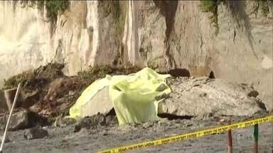 Três pessoas morrem em desabamento de encosta na Califórnia - Vítimas eram banhistas que estavam numa praia ao norte de San Diego.