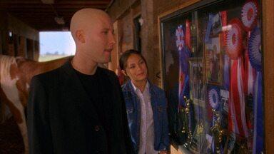 Metamorfose - Clark descobre que um colega da escola foi atacado por insetos afetados por criptonita. Greg passa a ter o ciclo de vida de um inseto, e Clark precisa salvar a presa da vez, Lana.