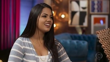 Conheça Isabella Arantes - Cantora de 20 anos é de Goiânia, GO