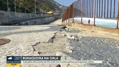 Buracos nos calçadões da orla do Rio expõem pedestres e ciclistas a risco - Levantamento do jornal O Globo mostra que existem 696 buracos em 24 quilômetros entre Botafogo e Praia da Macumba.