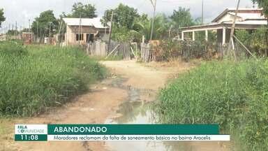 Falta de saneamento em rua do bairro Aracelis, em Boa Vista, causa transtornos a moradores - Moradores convivem com mato, lama, lixo e um esgoto a céu aberto que segue por vários metros na rua Jauaperi.
