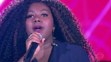 """Gaby Olliver canta """"Assim Que Se Faz"""" - Cantora escolhe ficar no time IZA"""