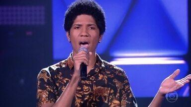 """Samuel Marques canta """"Feeling Good"""" - Cantor consegue vaga no time Teló"""