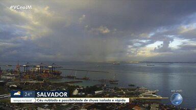 Veja a previsão do tempo para a capital e cidades do interior da Bahia - Nesta quarta-feira (15), o sol aparece entre nuvens e deve chover em Salvador.