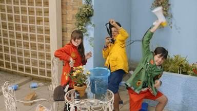 A Horta Genial - Bento, Pippo e Sol criam uma horta, mas ela desaparece. A investigação leva os detetives ao Prédio Amarelo. Eles conhecem os vizinhos e a síndica Marga.
