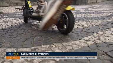 Gravidade dos acidentes tem a ver com velocidade e peso de quem usa o patinete - Médicos dizem que depois que o aluguel de patinetes começou em Curitiba, o número de pacientes com fraturas aumentou.