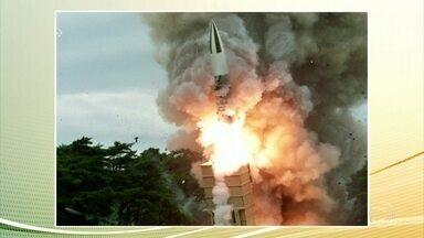 Coreia do Norte confirma lançamento de mísseis de curto alcance - Os testes foram reiniciados em protestos contra as manobras conjuntas dos Estados Unidos e da Coreia do Sul.