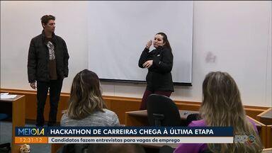 Candidatos participam da última etapa do primeiro Hackathon de Carreiras - Hoje eles participaram das entrevistas.
