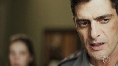 Marco vai para o hospital encontrar Góes - Anjinha se preocupa com o pai