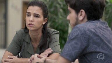 Tadeu sugere um passeio com Nina e Cida - Cida comenta com Tadeu sobre a situação jurídica da guarda de Nina