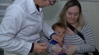 Ferraz e Poá fazem ação para orientar sobre sarampo e vacinar a população - Alto Tietê já confirmou 36 casos da doença até o momento.