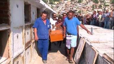 Número de pessoas mortas por bala perdida aumentou no Rio de Janeiro - A rotina de mortes por bala perdida foi retratada em números pela plataforma Fogo Cruzado.