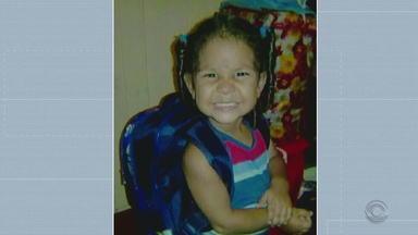 Venezuelana é presa temporariamente suspeita de matar a própria filha - Segundo as investigações, criança de dois anos teria apanhado por ter urinado na cama.