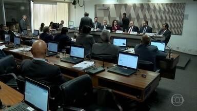 Senado começa fase de audiências públicas sobre a reforma da previdência - A previsão é que o senador Tasso Jereissati apresente o relatório parcial à CCJ na sexta-feira. Até lá, os senadores vão continuar debatendo a reforma com especialistas.