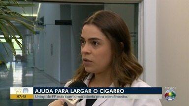Unesp de Prudente auxilia pessoas a largarem o cigarro - Mais de 800 pessoas já largaram o vício devido aos atendimentos.