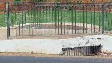 Prefeitura soluciona problema em calçada de Rio Preto após reclamações de moradores - Após reclamações de moradores, a Prefeitura de São José do Rio Preto (SP) solucionou problemas de uma calçada da Avenida Mirassolândia.