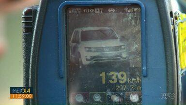 Motoristas estão abusando da velocidade nas rodovias estaduais - O uso de radares móveis continua valendo nas estradas estaduais, diferente das rodovias federais.