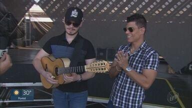 Festa do Peão de Barretos 2019: Carreiro & Capataz cantam nesta quarta-feira (21) - Arena recebe shows de Diego & Arnaldo e Roby & Thiago.