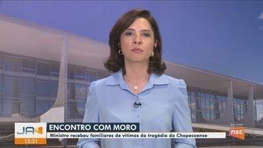 Familiares de vítimas da tragédia da Chapecoense são recebidos em Brasília - Familiares de vítimas da tragédia da Chapecoense são recebidos em Brasília