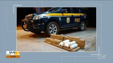PRF apreende carregamento com cocaína e maconha na BR-010 em Estreito - Os 7 kg cocaína e os 42 tabletes de maconha estavam escondidos no interior de um carro.