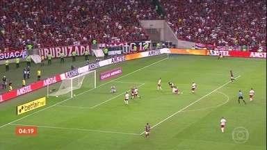 Flamengo vence o Internacional por 2 a 0 - Confira os gols da partida da Libertadores.