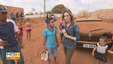 MG Móvel em Mateus Leme - Moradores não aguentam mais a situação da avenida das Princesas, no bairro Jardim Serra Azul.
