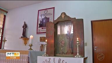 Imagem e relíquia de São Francisco ficam em Rondonópolis até domingo - Imagem e relíquia de São Francisco ficam em Rondonópolis até domingo