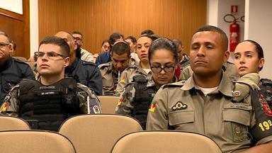 """Policiais gaúchos são treinados para lidar e combater o 'stalking' - A perseguição virtual ou real é feita pelos chamados """"stalkers"""". São indivíduos que não aceita um """"não"""" como resposta."""