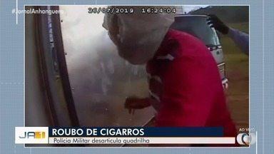 Vídeo mostra roubo de carga de cigarro em Goiás - Câmeras instaladas nos caminhões mostram ação dos assaltantes.